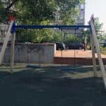 Уличные качели для детей